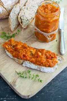Jacque Pepin, Cook N, Good Food, Yummy Food, Romanian Food, Preserving Food, Canning Recipes, Chutney, Tandoori Chicken