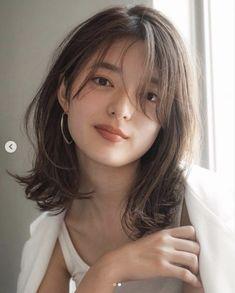 Medium Hair Cuts, Medium Hair Styles, Long Hair Styles, How To Cut Your Own Hair, Cut My Hair, Asian Short Hair, Korean Medium Hair, Short Hair Korean Style, Asian Brown Hair
