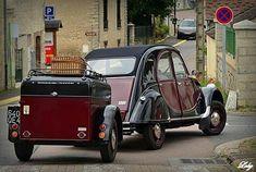 Retro Cars, Vintage Cars, Car Places, Psa Peugeot Citroen, Automobile, Traction Avant, 2cv6, Classic Car Restoration, Beetle Car