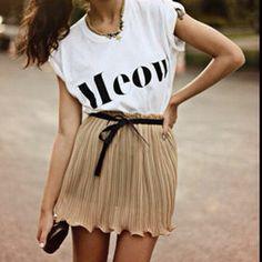 """フェミニンにストリート感プラス。""""Tシャツ+スカート""""の大人可愛い着こなし術 - NAVER まとめ"""