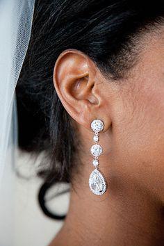 style me pretty - real wedding - usa - new york - nyc wedding - trump soho hotel - bride - getting ready - jewelry - earrings