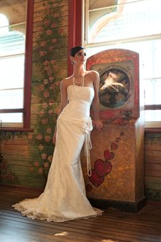 Great shape! Couture By Francesca. From Sydney Bride Magazine. Image by Peter Collie.   http://www.brideadviser.com/supplier/dresses-fashion/couture-by-francesca#supplier-about-content