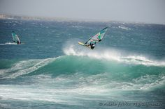 Windsurfing -- I totally want to try this sometime