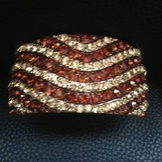 🅾⬇️Reduced ⬇️🅾Brown/Amber/Gold Bangle Stunning J Prince Brown and Gold Crystal Bangle. Lead and Nickel Free. Jewelry