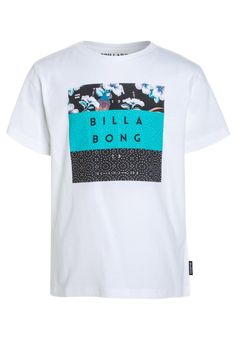 ¡Consigue este tipo de camiseta estampada de Billabong ahora! Haz clic para  ver los detalles. Envíos gratis a toda España. Billabong SURF CLUB Camiseta  ... f6dd6f64d7c