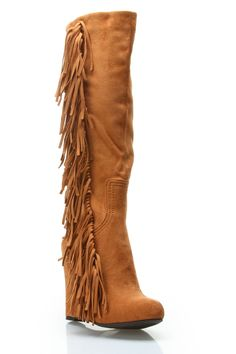 Picture doesnt do them justice but these boots are something I HAVE TO HAVE!! #broke