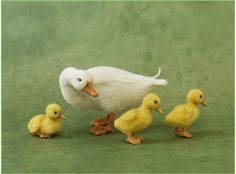 Mama duck with ducklings. By Kerri Pakutee. 1:12 scale.