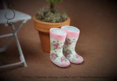Pink Rose Miniature Rubber Boots Tutorial