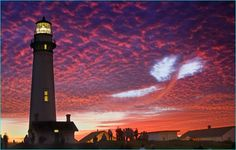 """White puffy heart cloud, or a whale at Pigeon Point Lighthouse @ sunset. Photo by (nz)dave Beautiful Sunset Pictures, Sunset Photos, Cool Pictures, Cool Photos, Beautiful Sky, Belle Photo Nature, Lac Michigan, Famous Lighthouses, Mont Fuji"