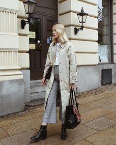 Fall must have - trench coat