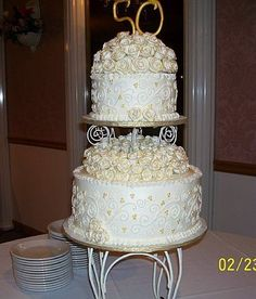 Anniversary anniversary cake w/ separater and topper covered w/ gumpaste roses that were painted w/ gold luster dust. Gold Luster Dust, 50th Anniversary Cakes, Pretty Cakes, Gum Paste, Desserts, Food, Beautiful Cakes, Tailgate Desserts, Deserts