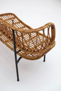 Rattan settee from Dirk van Sliedregt 1956 - City-furniture.be Design City Furniture, Settee, Bassinet, Rattan, Window, Van, Sofa, Chair, Design