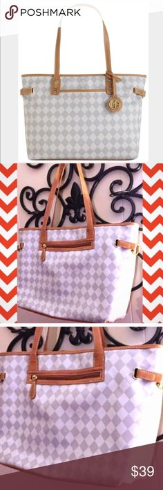 ❗️1 LEFT❗️Marc Fisher Check Grey Large Tote ❗️LAST CHANCE❗Marc Fisher Large Check Grey Tote. retailed $138. In good used condition. Gas some wear around bottom edges and used inside but still functional & great for everyday! Im selling this to the first high offer i receive! Make a good offer & its yours! 30% off bundles too! Take advantage of my sale while its still running ;-) Marc Fisher Bags