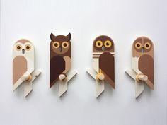 Owlets, wooden wall hooks by Guus van Zeeland, wall hook for kids, kids peg rack, kids coat rack Wooden Wall Hooks, Wooden Walls, Wood Projects, Woodworking Projects, Craft Projects, Wooden Crafts, Diy And Crafts, Wood Animal, Wooden Bird
