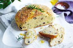 Pie maker recipes Damper Recipe, Just Pies, Australian Food, Aussie Food, Cauliflower Cheese, Flaky Pastry, Best Slow Cooker, Sausage Rolls, 500 Calories