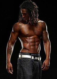 Yesssssssss!  Loc and men are just right!