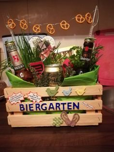 Männergeschenke Men's gifts Men's gifts The post Men's gifts appeared first on Gifts ideas. Presents For Men, Diy Presents, Diy Gifts, Great Gifts, Christmas Gifts, Diy Cadeau Noel, Birthday Gifts, Happy Birthday, Men Birthday