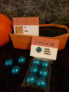 Minecraft Halloween Party Labels (foldable) ~ Eerie Ender Pearls using turquoise foil wrapped chocolate  For school, trick or treaters, a Halloween basket or as creative gifts to a Minecraft fan  #minecraft #halloween  #minecrafthalloween
