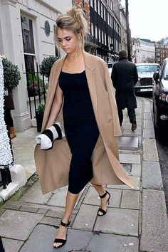 WEDDING LOOK: CARA DELEVINGNE | BLACK + CAMEL - Le Fashion