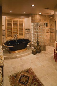 check out that bath tub!