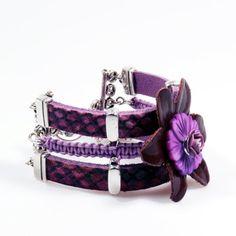 Leather cuff bracelet with macramee  hippie  by CatenaSieraden, €44.95