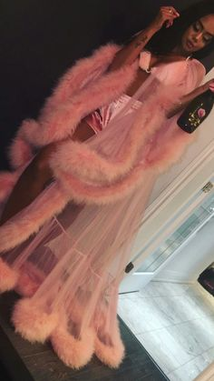 Turn heads for Valentine's day, lingerie party, or slumber party in this GLAMOROUS robe. Handmade in Michigan Custom light pink robe with fur trim all around. Boujee Outfits, Tumblr Outfits, Fashion Outfits, Vegas Outfits, Woman Outfits, Party Outfits, Club Outfits, Lingerie Party, Lingerie Outfits
