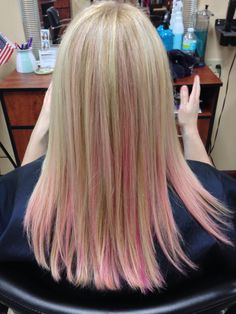 Pink highlights on blonde hair the best blonde hair 2017 5 stunning highlights for blonde hair pink blondes pmusecretfo Choice Image