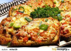 Rychlé zapečené chleby recept - TopRecepty.cz Salmon Burgers, Baked Potato, Quiche, Potatoes, Baking, Breakfast, Ethnic Recipes, Food, Morning Coffee