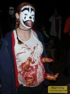 Hahaha, OMG look at this best halloween costume evar
