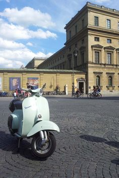 Cute Mint, spotted in Vespa Lambretta, Scooters, Munich, Planes, Trains, Automobile, Wheels, Mint, Motorcycle