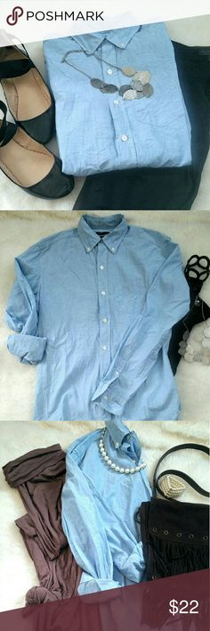 Gap Fine Vintage Chambray Shirt Classy and stylish whether you dress it up or down! Work day wear with black skinnies and strappy flats. Boho casual with a long skirt and fringe bag..you decide :) size xs GAP Tops Button Down Shirts