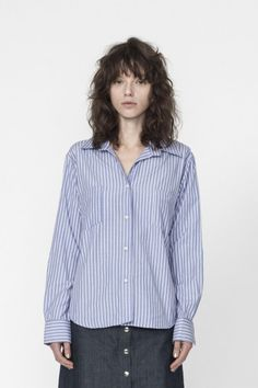 Shop the Box Cut Shirt with No Stitch Placket in Stripe Cotton on Well Made Clothes now! #ethicalfashion #sustainablefashion #ethicalclothing #womensfashion #fashion #clothes #springclothes #springstyle #springfashion #springjeans #summerstyle #buttonup #buttonupshirt #ethicalshirt #han #wellmadeclothes