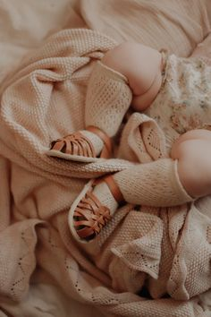 Baby & toddler soft sole shoes Tan Sandals, Leather Sandals, Toddler Sandals, Month Colors, White Beige, Baby Girl Fashion, Baby Accessories, Dusty Pink, Tan Leather