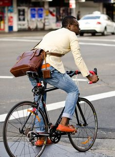 "Handmade Leather Briefcase / Messenger / 14"" Laptop 15"" MacBook Pro Bag"