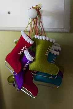 Christmas Ornament. Ice skates made from felt & paper clip. DIY holiday decorations & gift tags.