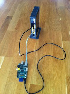 Raspberry Pi as webserver - connect to router.