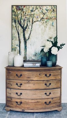 Beautiful Entry Table Decor Ideas to give some inspiration on updating your house or adding fresh and new furniture and decoration. table ideas Best Entryway Table Ideas to Greet Guests in Style Deco Nature, Kitchen And Bath Remodeling, Entry Tables, Bedside Tables, Deco Design, Foyer Design, Design Design, Design Ideas, My New Room