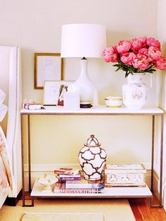 5+Alternatives+to+Your+Average+Nightstand+via+@domainehome