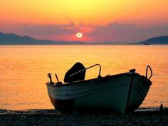 Dont miss a sunset like this!Make your dream deal with a car from Mustang car hire on Crete and have the opportunity to see many many beautiful sunsets! Beautiful Islands, Beautiful Sunset, Crete Holiday, Reliable Cars, Heated Pool, Profile Photo, Great View, Netherlands, Greece