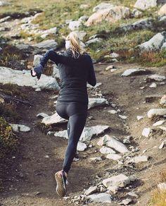 Přehledná tabulka kilometrů Ti pomůže při Tvém plánování tréninku.