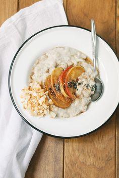 Everyday Oatmeal with Amaranth, Coconut, and Sautéed Apples | 80twenty