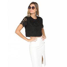 O que amou nesse look ? <3   CROPPED GUIPIR FLOWER  encontre aqui  http://ift.tt/2b7sSpe #comprinhas#modafeminina#modafashion#tendencia#modaonline#moda#instamoda#lookfashion#blogdemoda#imaginariodamulher