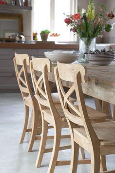 eiken tafel met stoelen voor bijv. grote woonkeuken