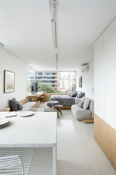 With the versatile floor plans, Vitacon Apartment is designed in a hope to show the worldwide trend of a minimalist apartment in a compact size. With the customized space, this kind of apartment desig Minimalist Apartment, Minimalist Interior, Minimalist Home, Small Studio Apartment Design, Studio Apartment Decorating, Small Apartments, Small Spaces, Appartement Design Studio, Studio Loft