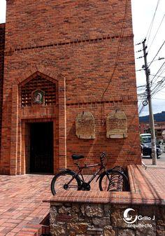 Parroquia San Juan de Avila, Bogotá.