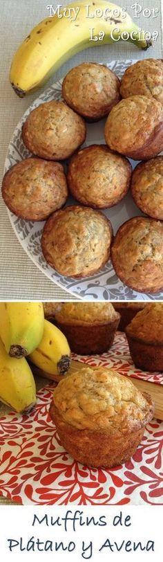 Muffins de Plátano y Avena: Un sabor riquísimo y, además, saludables. Puedes encontrarlos en www.muylocosporlacocina.com.