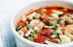 Mustig gryta med fläskytterfilé, chorizo och grönsaker recept