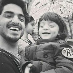 Look who is Photobombing AbRam's Selfie! It's Suhana | PINKVILLA
