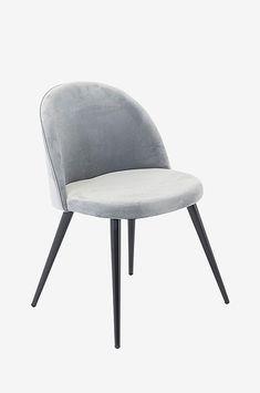Valleta Matstol 2-pack är klädd i sammetstyg, sitsen är fylld med polyeterfyllning. Ben av metall. Höjd: 77 cm, bredd: 49,5 cm, djup: 54,5 cm, sitthöjd: 47 cm och sittdjup: 43 cm. Enklare montering av ben. Interior Design, Chair, Furniture, Home Decor, Metal, Nest Design, Decoration Home, Home Interior Design, Room Decor
