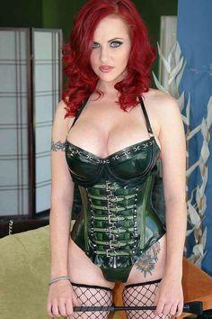 Mz. Berlin... Stunning corset!